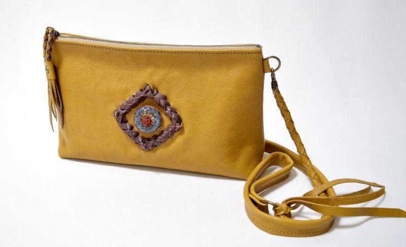 画像1: 【ショルダーバッグ】 stylish shoulder bag(マスタードイエロー)HiDAMARi glassコラボ (1)